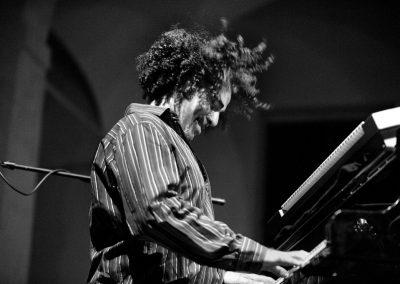 jazz-club-gubbio-Natalio-Mngialavite-018-0996-cor-bn